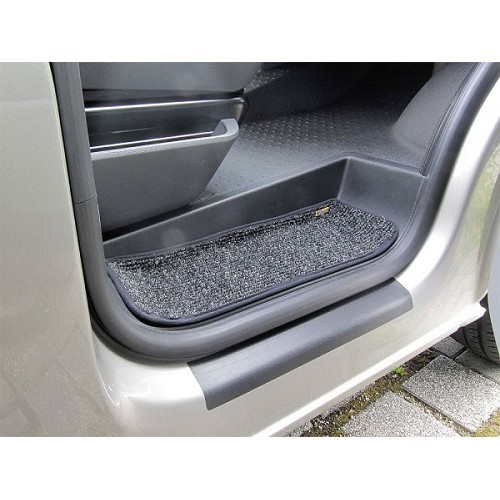 Step mats for VW T5 & T6 (3 parts)