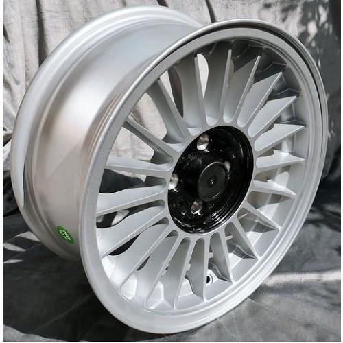 Jante Style Alpina Pour Bmw E21 Et E30 7x16 Et28